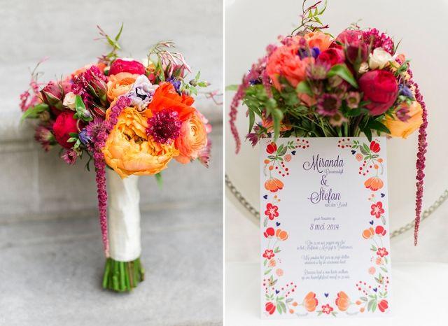 #bruidsboeket #rood #oranje #wk #bloemen #bruiloft #inspiratie | Oer-Hollandse inspiratie shoot | Fotocredit: Alexandra Vonk