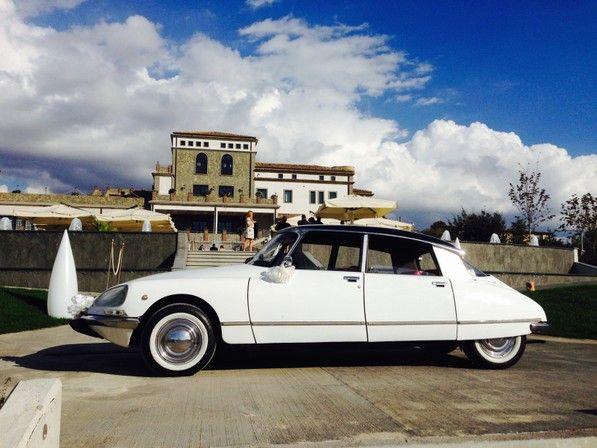 Galleria auto - Noleggio auto per matrimoni Salerno e provincia con Maggiolino, pulmino Volkswagen