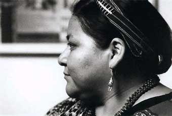 Biografia de Rigoberta Menchú. Activista de los derechos humanos de Guatemala (Chimel, Uspatán, 1959 -).