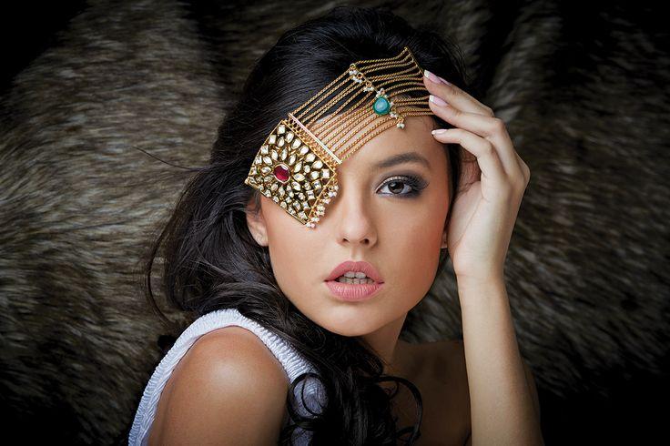 Gorgeous and loud Kundan Kada at Kushal's Fashion Jewellery