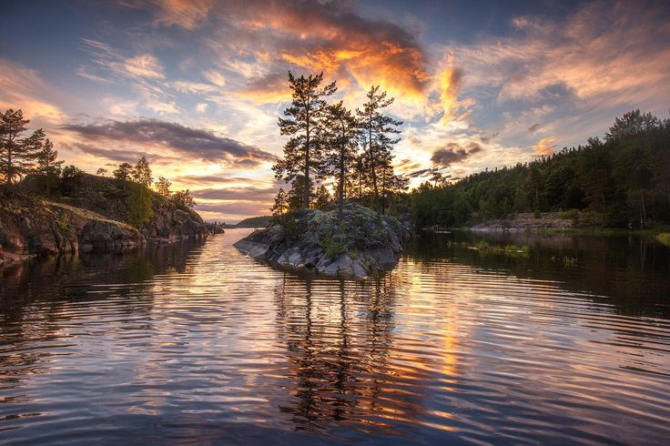 Stone sailboat by Andrey Bazanov on 500px