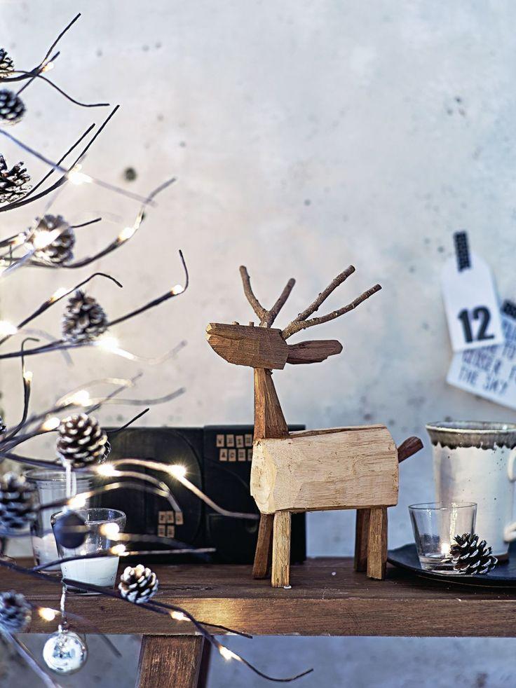 Hirsch und Weihnachten gehören einfach zusammen. #Hirsch #Weihnachten #XMAS…