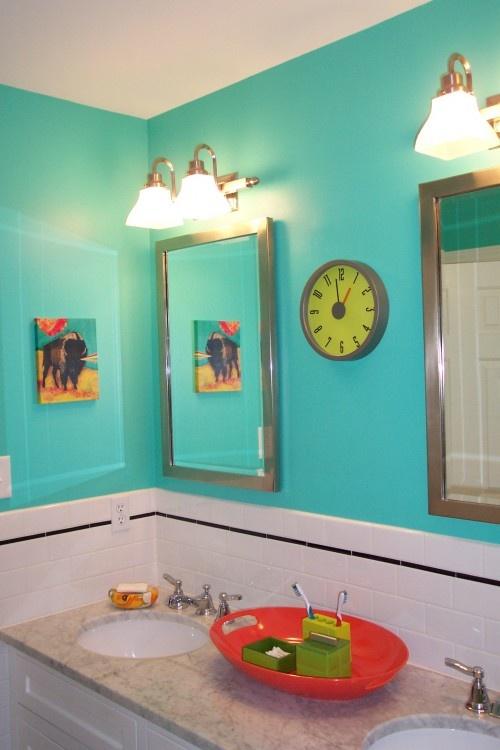 Aqua kids' bathroom