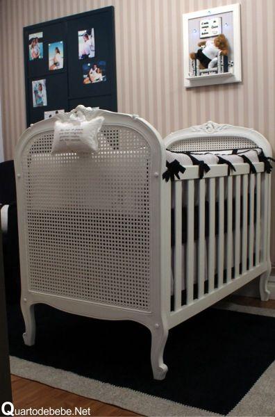 quarto de bebê com enxoval azul marinho masculino