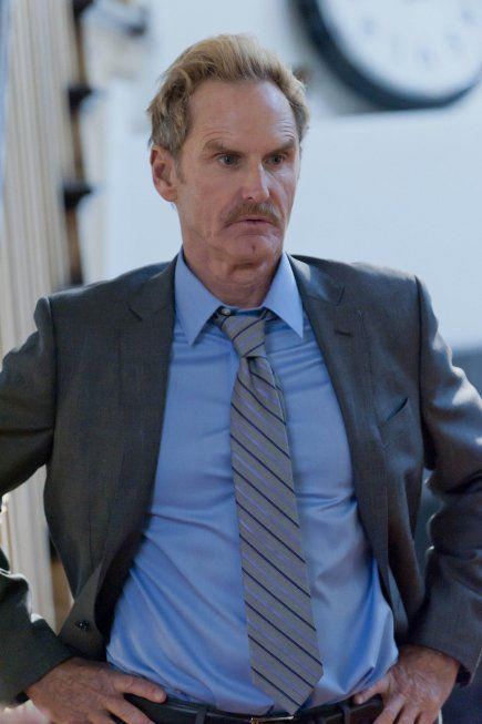 Still of Jere Burns in Justified (2010)