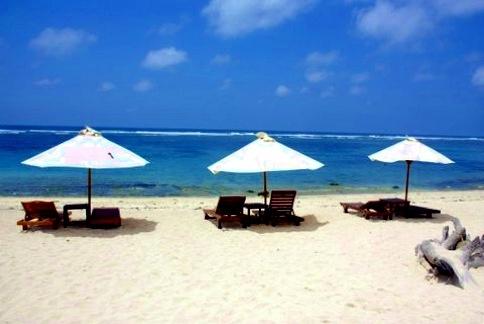 Secret Beach Bali...enjoy the peacefull sandy beach.