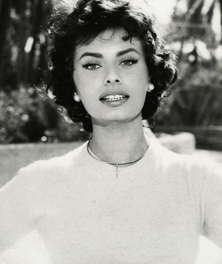 Best 25+ Sophia Loren Makeup Ideas On Pinterest