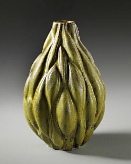 Large 'Seed pod' vase, 1949 Alex Johhan Salto