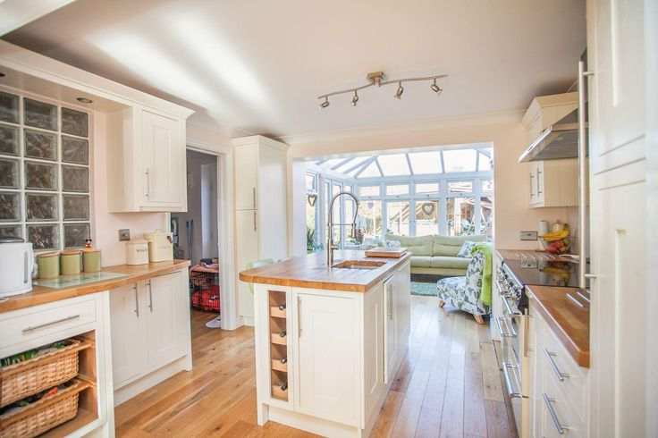 Lovely light #kitchen