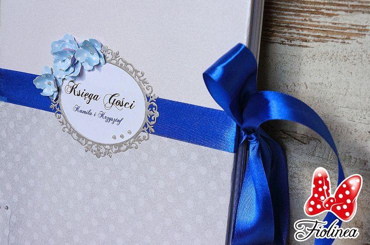 Fiolinea - Ślubna Galanteria Papiernicza: Kobalt i pistacja na weselu Kamili i Krzysztofa w Sali Napoleońskiej w Legnicy