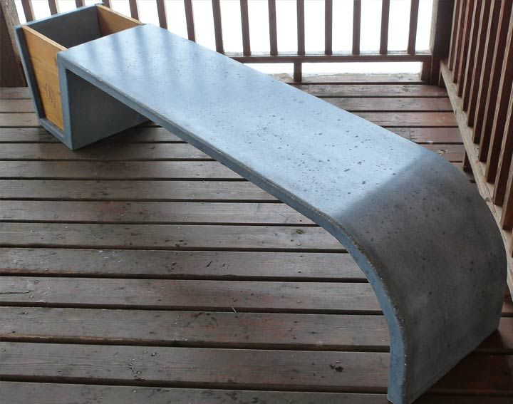 Customer Concrete and Wood Bench and Planter - made with CHENG Pro-Formula Mix in Charcoal, by Brett from British Columbia