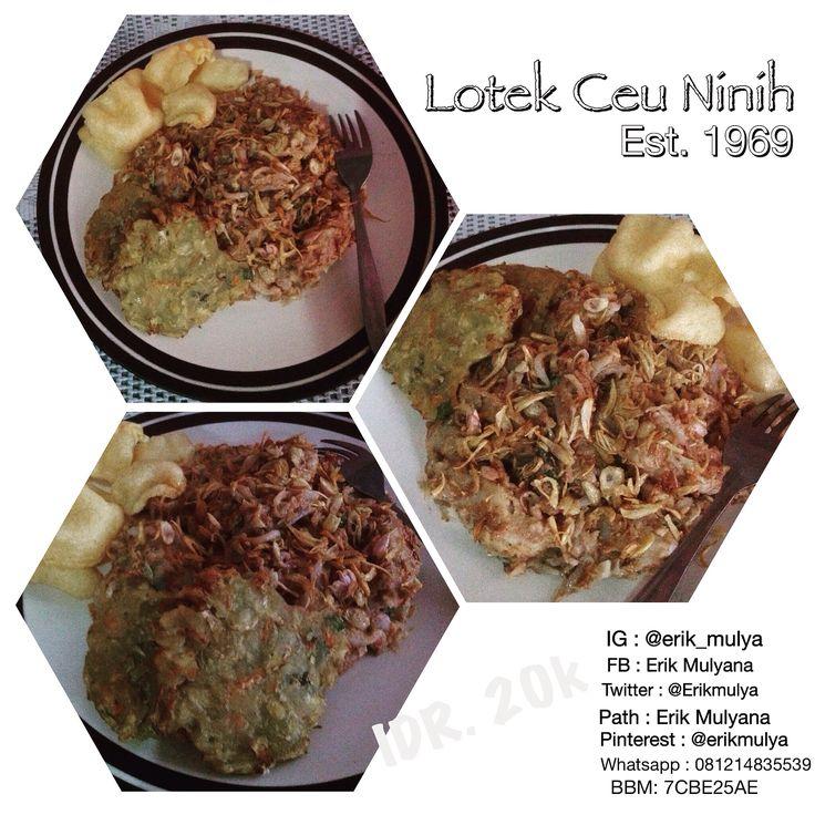 Ini loh yang Namanya : LOTEK (Indonesian salad of slightly boiled served with peanut sauce dressing), BALA-BALA (Fried veggies) and GEHU (Fried Tofu)  Ayo di Order kakak khusus wilayah Bandung dan sekitarnya:  LOTEK  Ceu Ninih Est. 1969 (Ini Bukan LOTEK Biasa, Ini LOTEK Legend Bro!  Price : IDR. 20K (1.5 Euro ajaaa!!!) Limited Edition habis dalam beberapa Menit lo... #ErikNeverStop  IG: @erik_mulya FB: Erik Mulyana Twitter: @Erikmulya Path: Erik Mulyana Line: Erik Pinterest: @erikmulya…