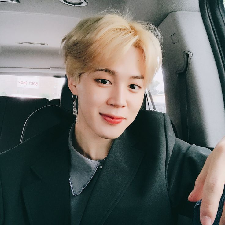 [♡] 171118 Jimin's Tweet 사진 찍었어요#JIMIN pic.twitter.com/22GyCXVcVT  I took some pictures#JIMIN Trans cr; Sharon @ bts-trans© TAKE OUT WITH FULL CREDITS