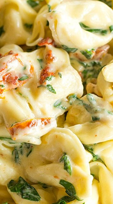 Tortellini in Parmesan Cream Sauce with Spinach and Sun-Dried Tomatoes ~ An easy and delicious dinner ready in less than 30 minutes