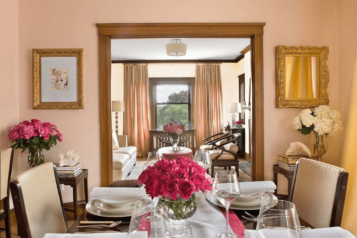 How to decorate a wall with mirrors for dinning room