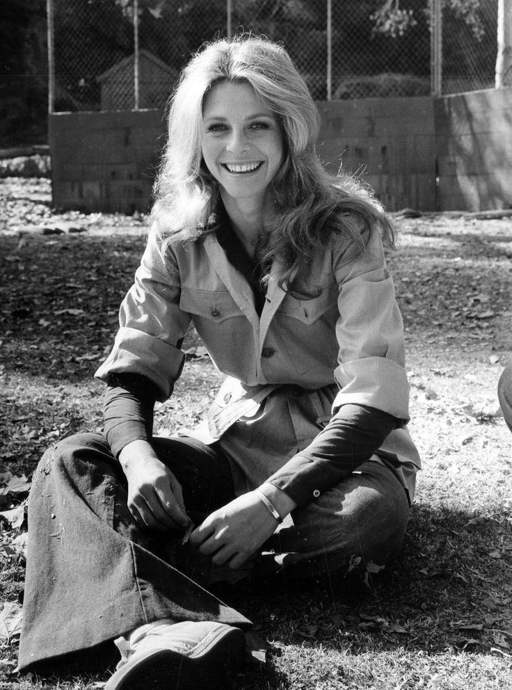 134 best images about Bionic Woman (Lindsay Wagner on ...