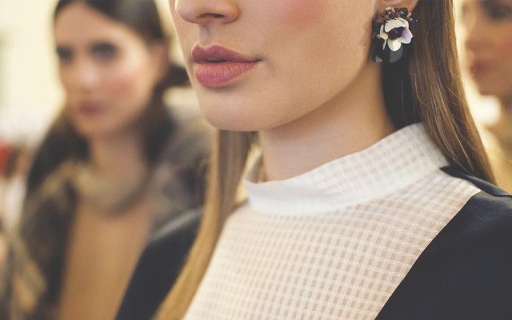 ANHET earring