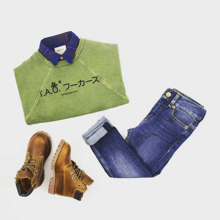 OOTD: Get ready for autumn!  . . . #fashion #ootd #maralex #maralexkids #sweater #jeans #timberland #blue #green #shoes #boy #kid #sleeve #tiles #autumn #2016 #september #luxury #fingerinthenose #fingerinthenoseclothing #bellerose #tao #theanimalsobservatory