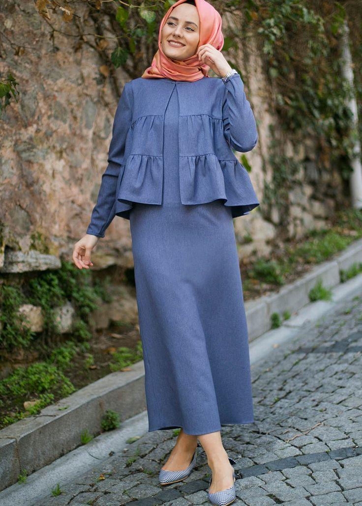 Hijab.  Eerbare kleding. Eng. Modest clothing. Fr. Vêtement modeste. Du. Bescheidene Kleidung. Sp. ropa modesta. Ru. Скромная одежда.