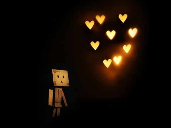 El amor no se debe buscar, el amor es algo que nos encuentra a todos nosotros