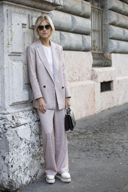 Milan, firstVIEW.com
