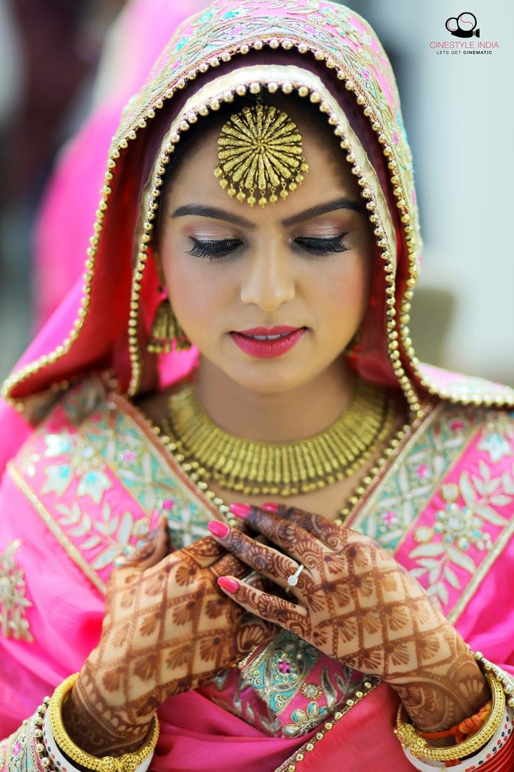 Parlour Shoot #Bridalshoot #Parlourshoot #punjabicouple #prewedding #makeup #beautiful #girl #shoot #pretty #lovely #eyes #marvellous #top #photography #north #indian #delhi #ludhiana #haryana #mohali #himachal_pardesh #chandigarh #best #photographer #cin