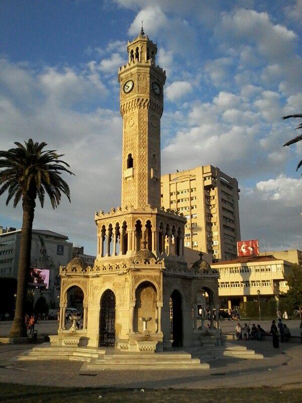 İzmir konak meydanı ,saat kulesi