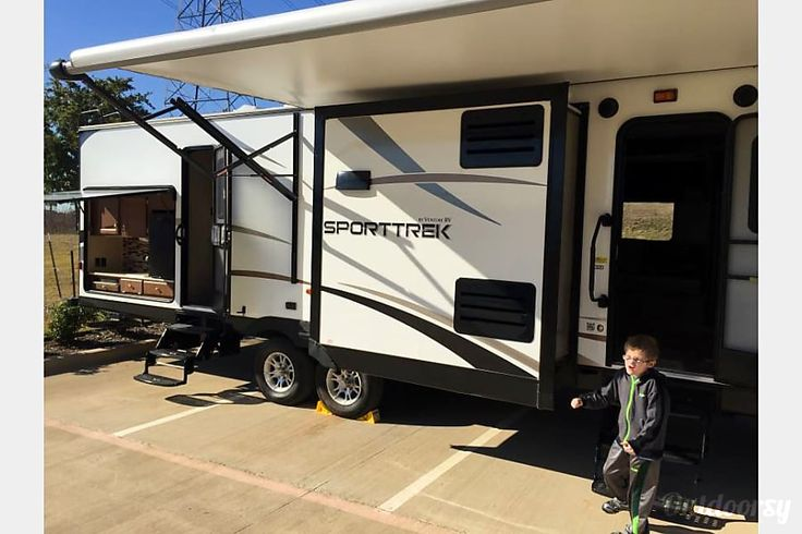 $125 per night, Sleeps 8, exterior 2015 Venture Rv Sporttrek Argyle, TX