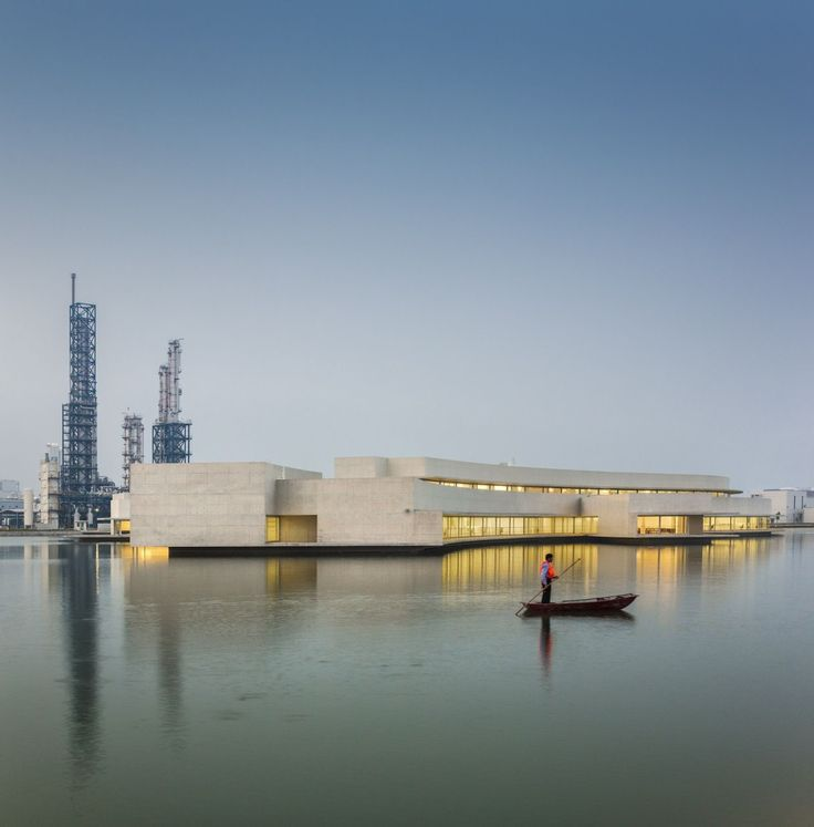 Alvaro Siza - THE BUILDING ON THE WATER SHIHLIEN CHEMICAL (10)
