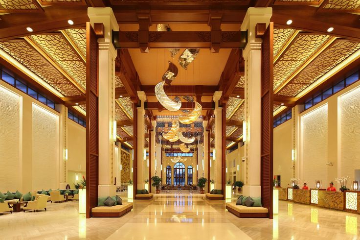 In the huge and gorgeous #hotel lobby in Sanya, you will feel like in a palace.  #Holiday #Trip #Leisure #China #Sanya #Whererefreshingbegins