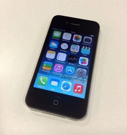 Apple iPhone 4 usato ottime condizioni,compreso di caricatore di rete,cavo dati,scatola. per maggiori dettagli su telefoni-usati.com #iphoneusati #offerteapple #cellulariusati