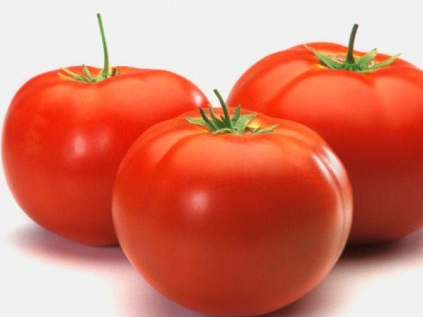 En Çok C Vitamini İçeren Top 10 Besinler - Domates (pişmiş) - 100 gramında 22.8mg C vitamini