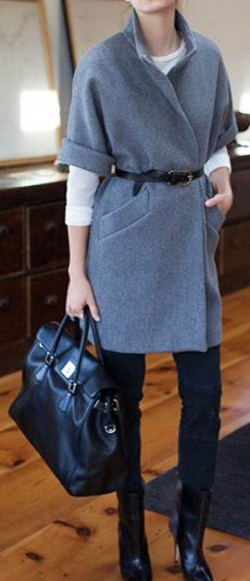 Short-sleeved grey coat