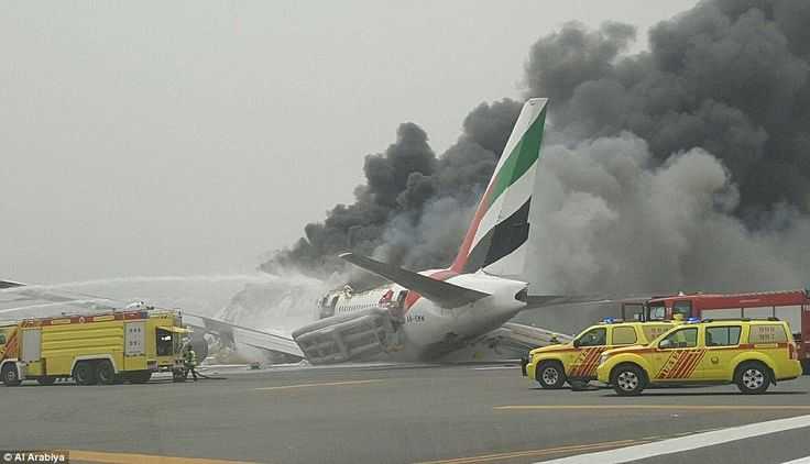 Aναγκαστική προσγείωση του φλεγόμενου αεροσκάφους της Emirates
