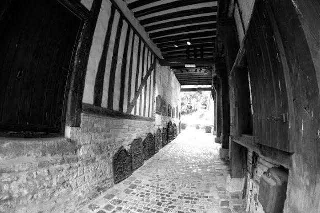 Le Domaine du Martinaa: Lisieux Noir & Blanc