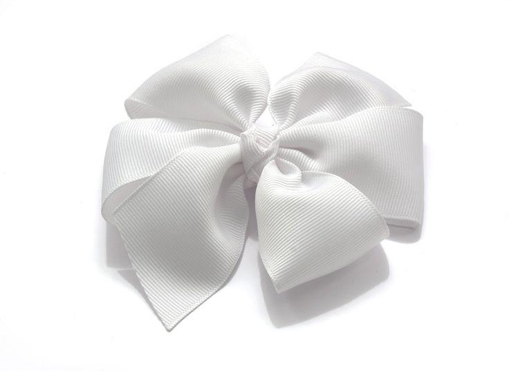 Rosett Signe. made by gruvstad - accessoarer (klämmor, rosetter, hårband, diadem & napphållare) till baby & barn. Allting är handgjort med kärlek