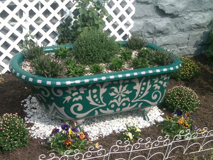 How to refinish the outside of a clawfoot tub google search flower container gardens for Bathroom garden tub decorating