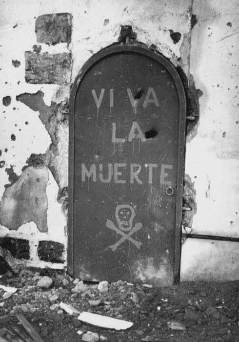 Viva La Muerte