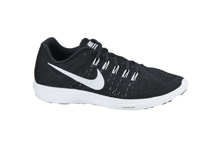 #Nike Lunar Tempo - niebywale lekki i dynamiczny but treningowo-startowy. Stworzone z nowoczesnych systemów wiązań które zapewniają doskonałe dopasowanie podczas startów. Polecane na dłuższe jednostki treningowe, jak i do startów w maratonie. #startowe #jesienzima2015 #lunarlon #flywire