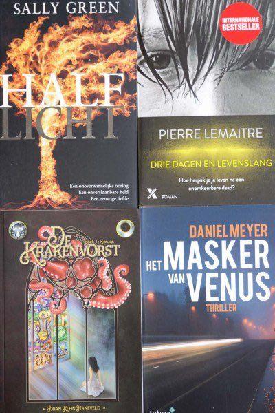 """Leuk bericht van boekenrecensent Connie Flipse: """"Deze boeken liggen klaar om te gaan lezen"""". Heel veel leesplezier met 'Het masker van Venus' van Daniel Meyer. Wij kijken er naar uit om de recensie te lezen op Conniesboekenblog. #hetmaskervanvenus #danielmeyer #thriller #conniesboekenblog #futurouitgevers"""
