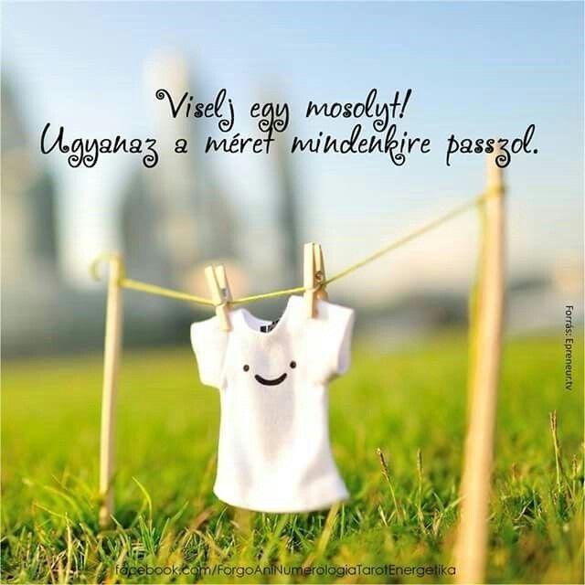 mosoly idézetek képekkel Viselj mosolyt! (With images) | Képeslap, Motivációs idézetek