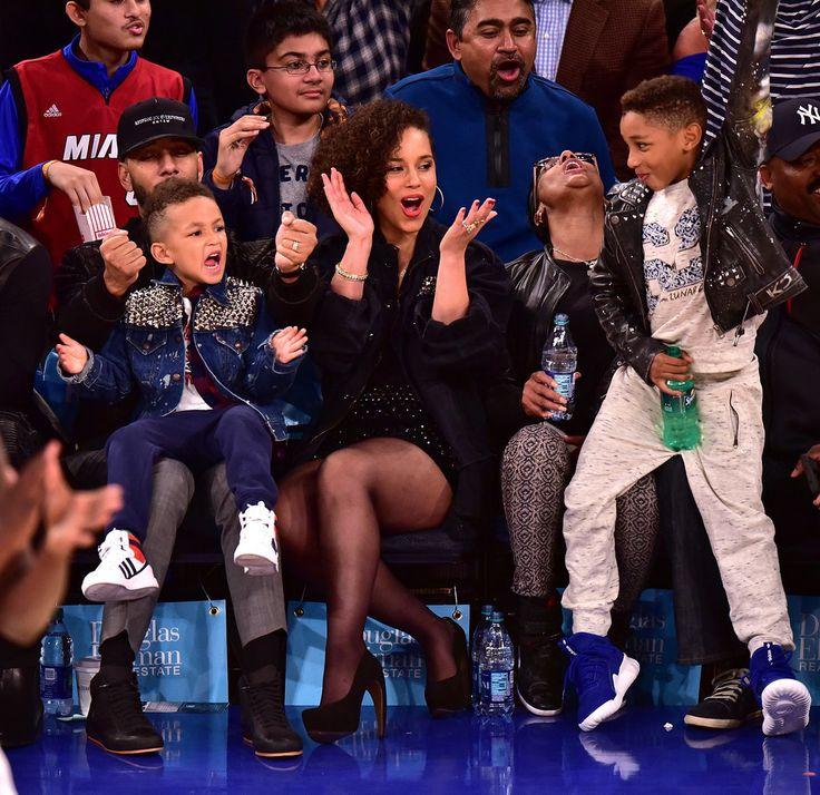 Alicia Keys and Swizz Beatz at NY Knicks Game November 2015   POPSUGAR Celebrity