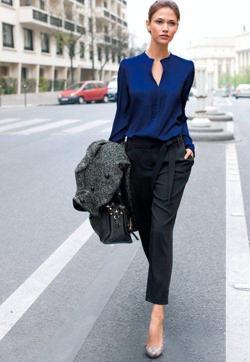 Auf blauen Wegen - Streetstyle - Kombi aus Schwarz und Tintenblau! Kerstin Tomancok / Farb-, Typ-, Stil & Imageberatung