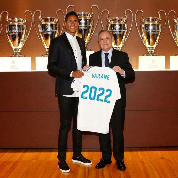 Francés Raphael Varane renovó con Real Madrid hasta el 2022 #Deportes #Fútbol