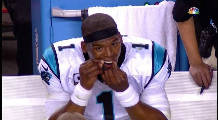 Cam Newton Floss: The Tweets You Need to See - http://wp.me/p59zQO-8sv