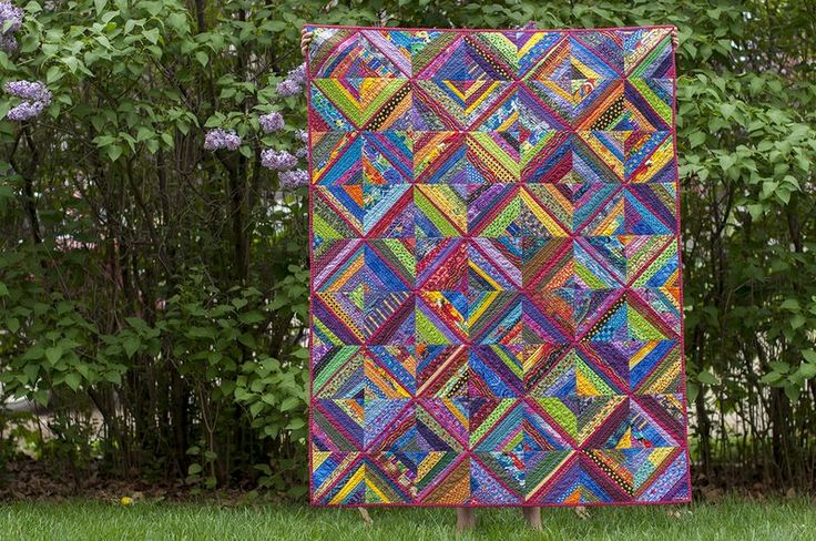 Rose trellis - string pieced starting with solid rose on the diagonal - 6 in blocks Every Last Piece by Lynn Harris at littleredhen