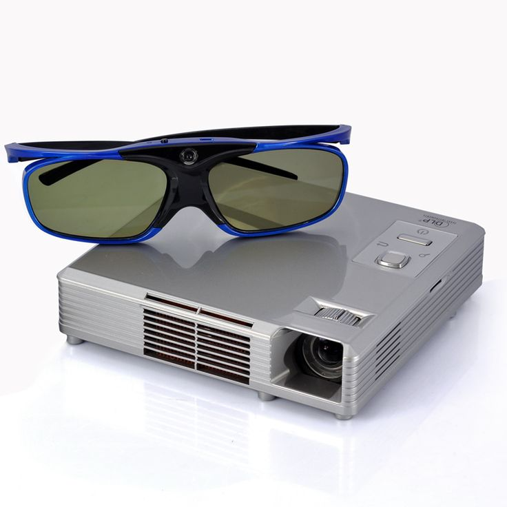 3D HD Video Projector with DLP (1200x800 Resolution, 1000:1 Contrast Ratio, 300 Lumens, Portable)