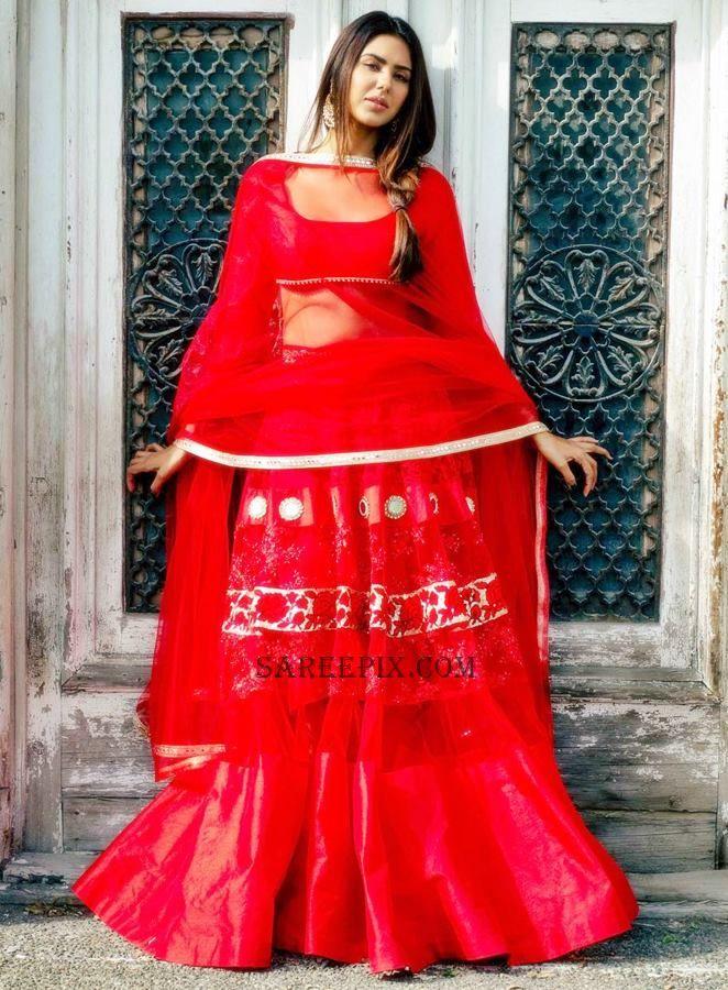 sonam-bajwa-red-lehenga