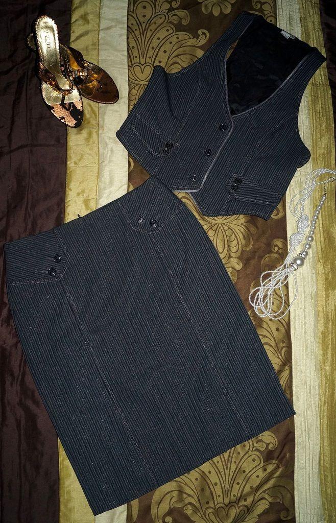Elegancka wizytowa garsonka kostium do biura 42-44 (6119831390) - Allegro.pl - Więcej niż aukcje.