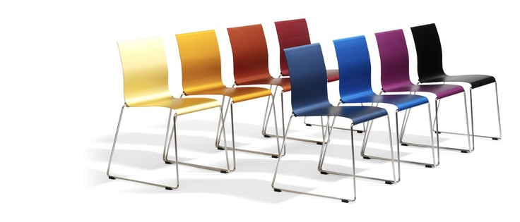 Sting is an exceptionally stackable chair in aluminium and stainless steel. Sting is linkable and can be used both indoors and outdoors.     Sting, design Stefan Borselius & Fredrik Mattson 2003  http://www.blastation.com/products/chairs/sting/sting-o30